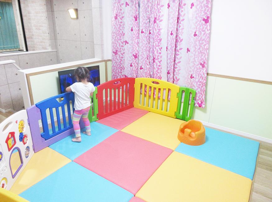 川崎市鹿島田商店街「ティーズダンスルーム」キッズスペース